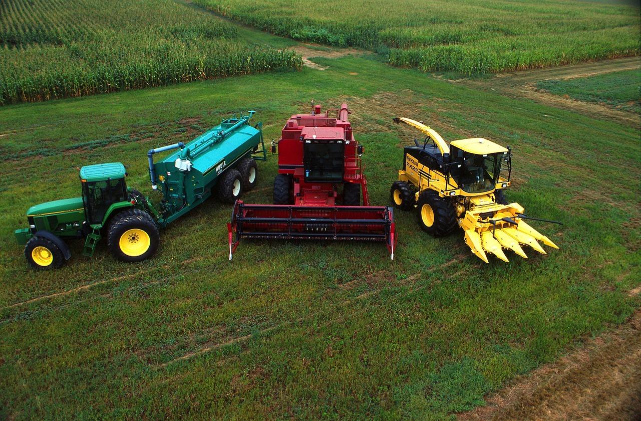 Oryginały czy zamienniki – jak kupować elementy robocze maszyn rolniczych