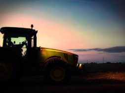 tractor-4058312_960_720